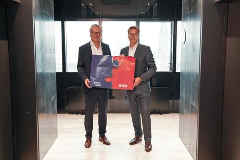 Alexander Otto, CEO der ECE (li.) und Alexander Birken, Vorstandsvorsitzender der Otto Group wollen Synergien heben; Foto: Otto/ECE