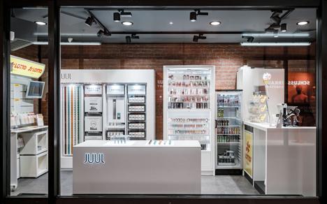 n rnberg valora er ffnet neue cigo filiale mit e smoke tasting bar. Black Bedroom Furniture Sets. Home Design Ideas