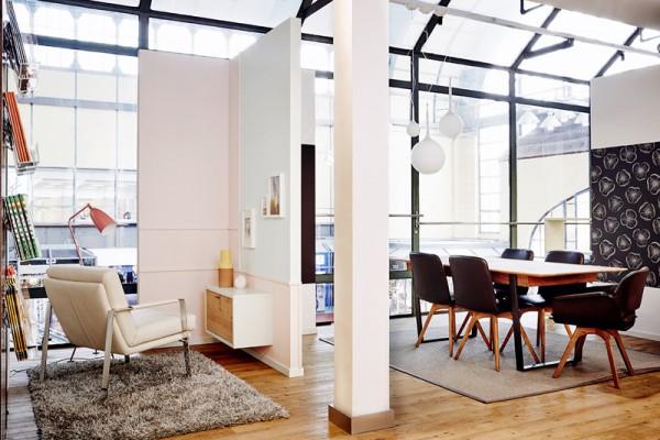 valora er ffnet sch ner wohnen lounge im hamburger hauptbahnhof. Black Bedroom Furniture Sets. Home Design Ideas